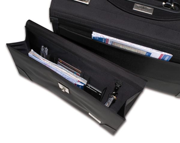 Design 4 Pilots Pilot Case Airliner